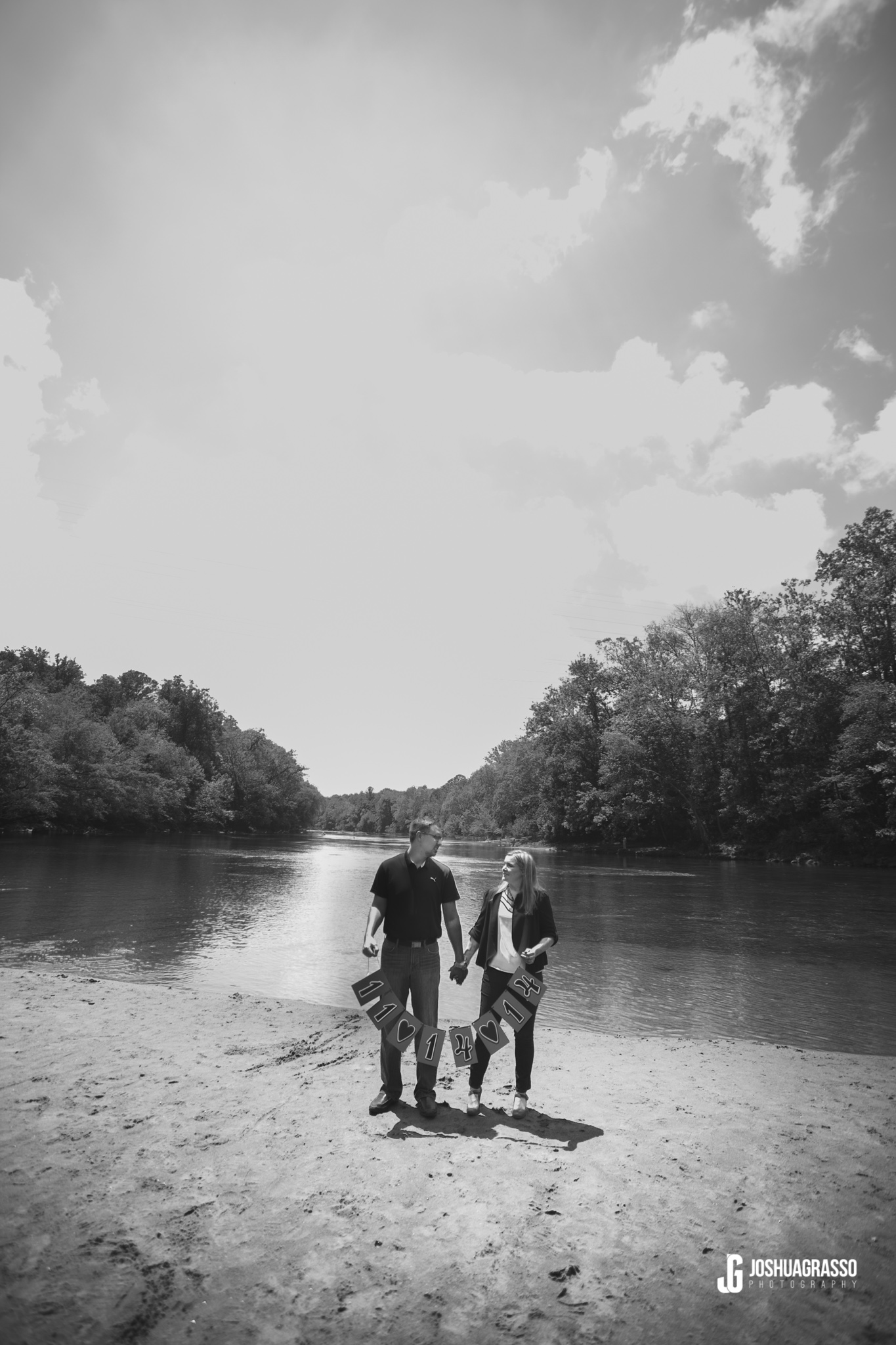 Buford-Dam-Engagement-Session (8 of 27)