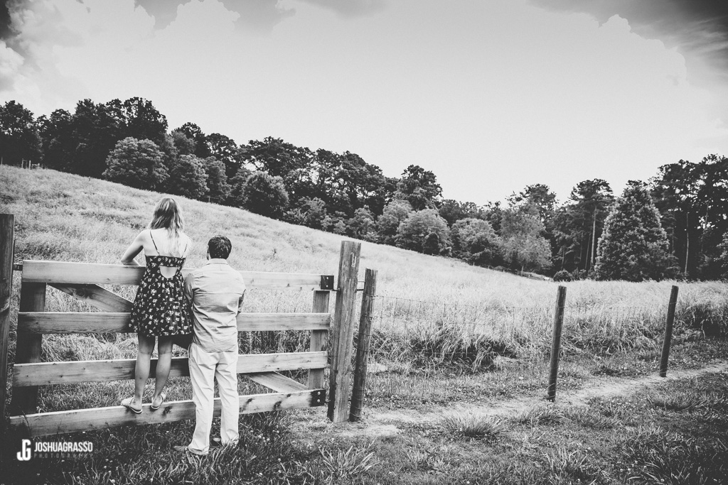 Mcdaniel-Farm-Duluth-Engagement-Photography (17 of 34)