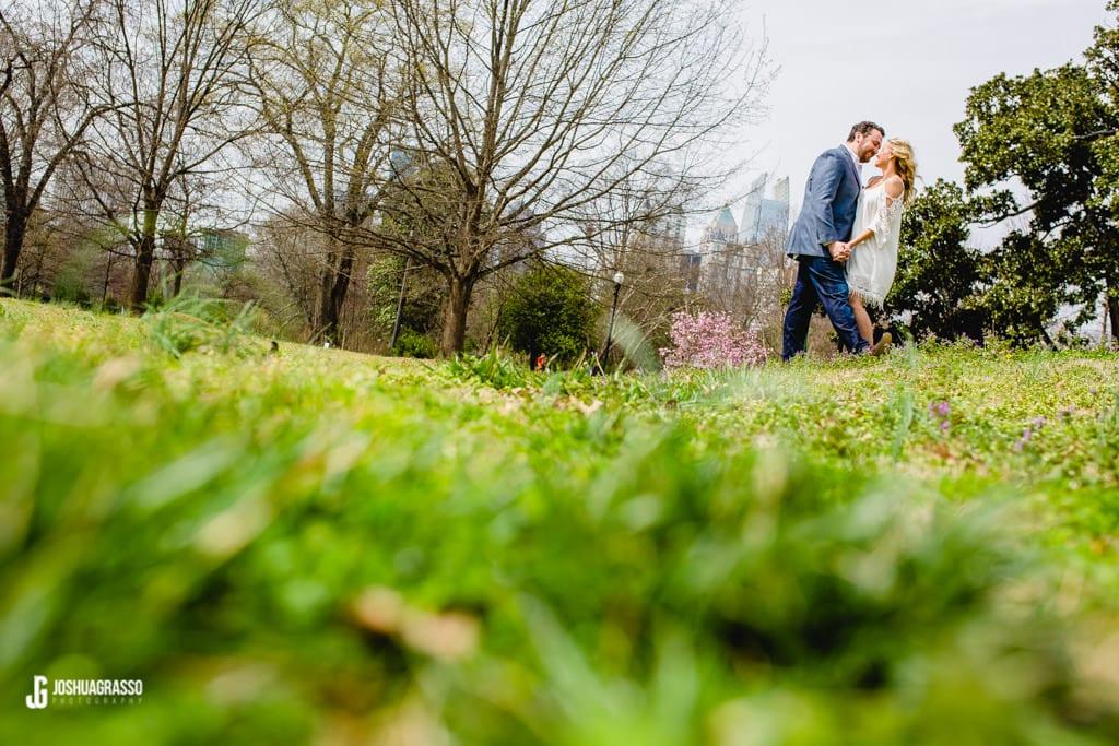Piedmont-Park-Engagement-sessions-17