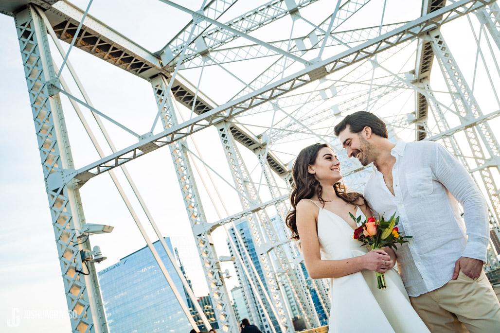 nashville pedestrian bridge wedding photo